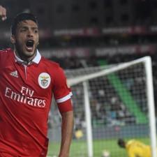 Benfica no topo da Primeira Liga